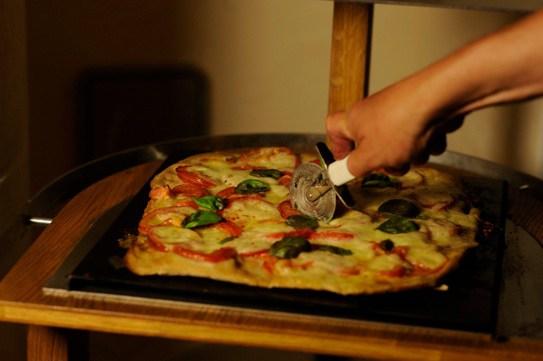 Pizza aus dem Römerofen